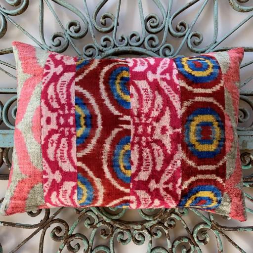 Velvet Cushion-Vec021