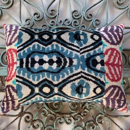 Velvet Cushion-Vec022