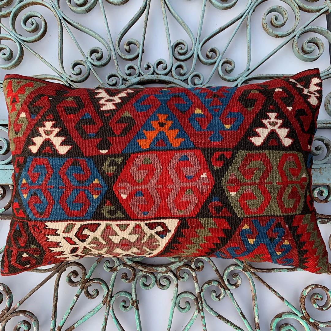 Vintage Kilim Cushion-Klm001